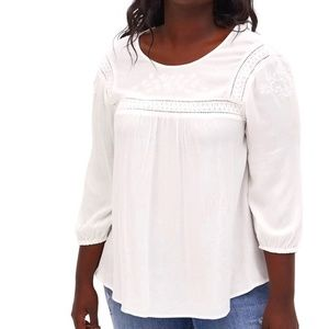 🌟NEW!Torrid White Crinkle Gauze Embroidered Top 2
